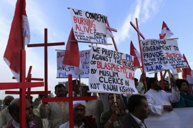 pakistan-christians-protest