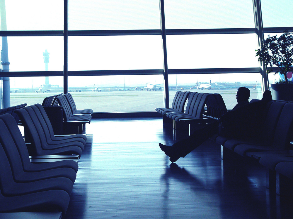 sala-de-asteptare-aeroport
